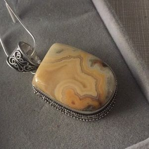 NEW Laguna Lace Agate Natural Gemstone necklace
